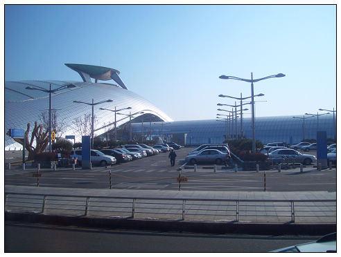 《韓國》Day1:南北韓38度線分界:臨津閣、自由橋、和平石/東大門doota百貨/樂天飯店