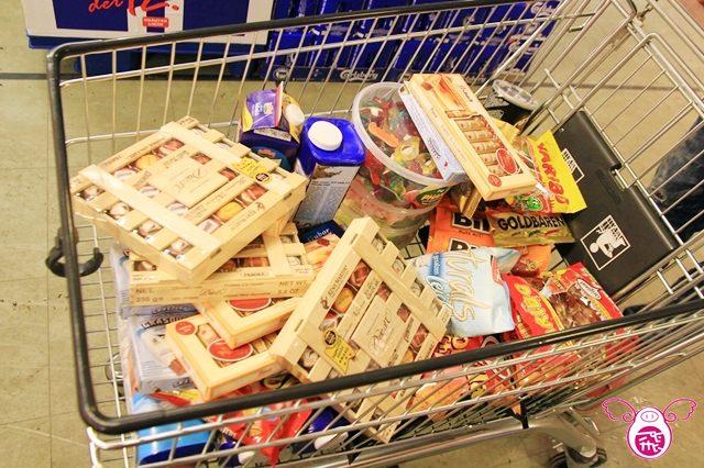 【德國】大雪紛飛的街景&德國超市必買挖寶