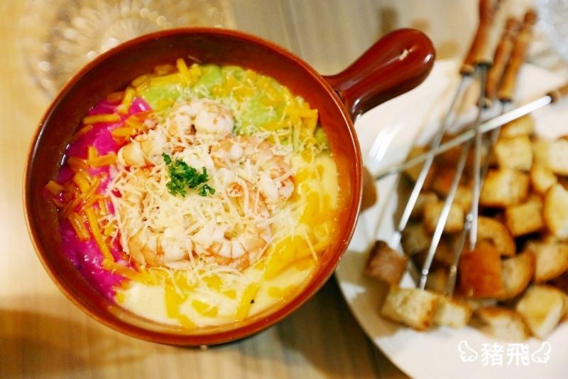 【台中西區美食】台灣大道SOGO百貨商圈波西塔諾義式料理~起司控必點牽絲彩虹鍋!巷弄裡的隱藏版美食!